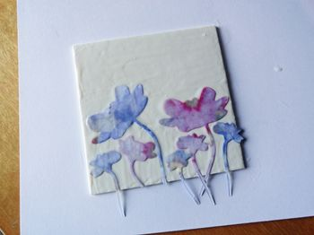 Flowers-wet-with-adhesive