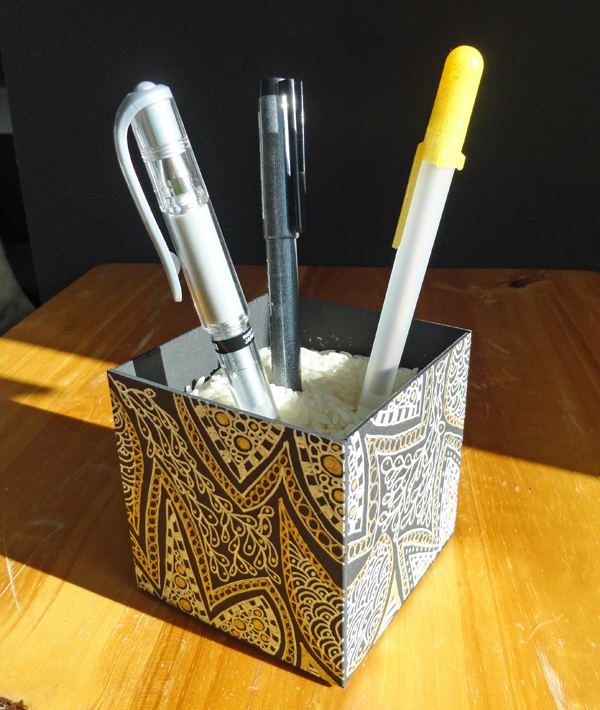 Pen-holder-complete